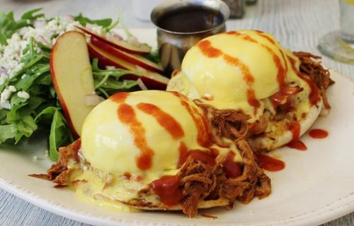 Egg breakfast at Syrup Restaurant near Alexan 20th Street Station - Start Your Day with a Great Breakfast